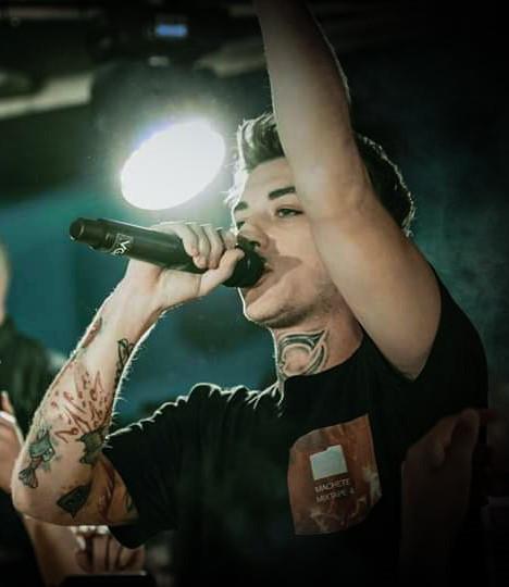Dani Faiv Live
