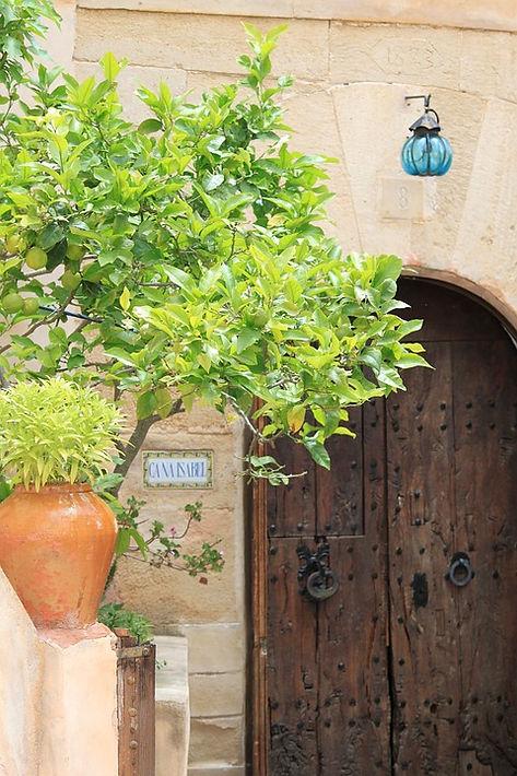 mallorca house.jpg