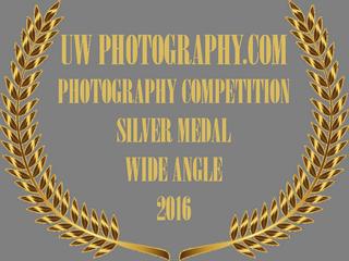 UW PHOTOGRAPHY DOT COM AWARD BADGE 2016.