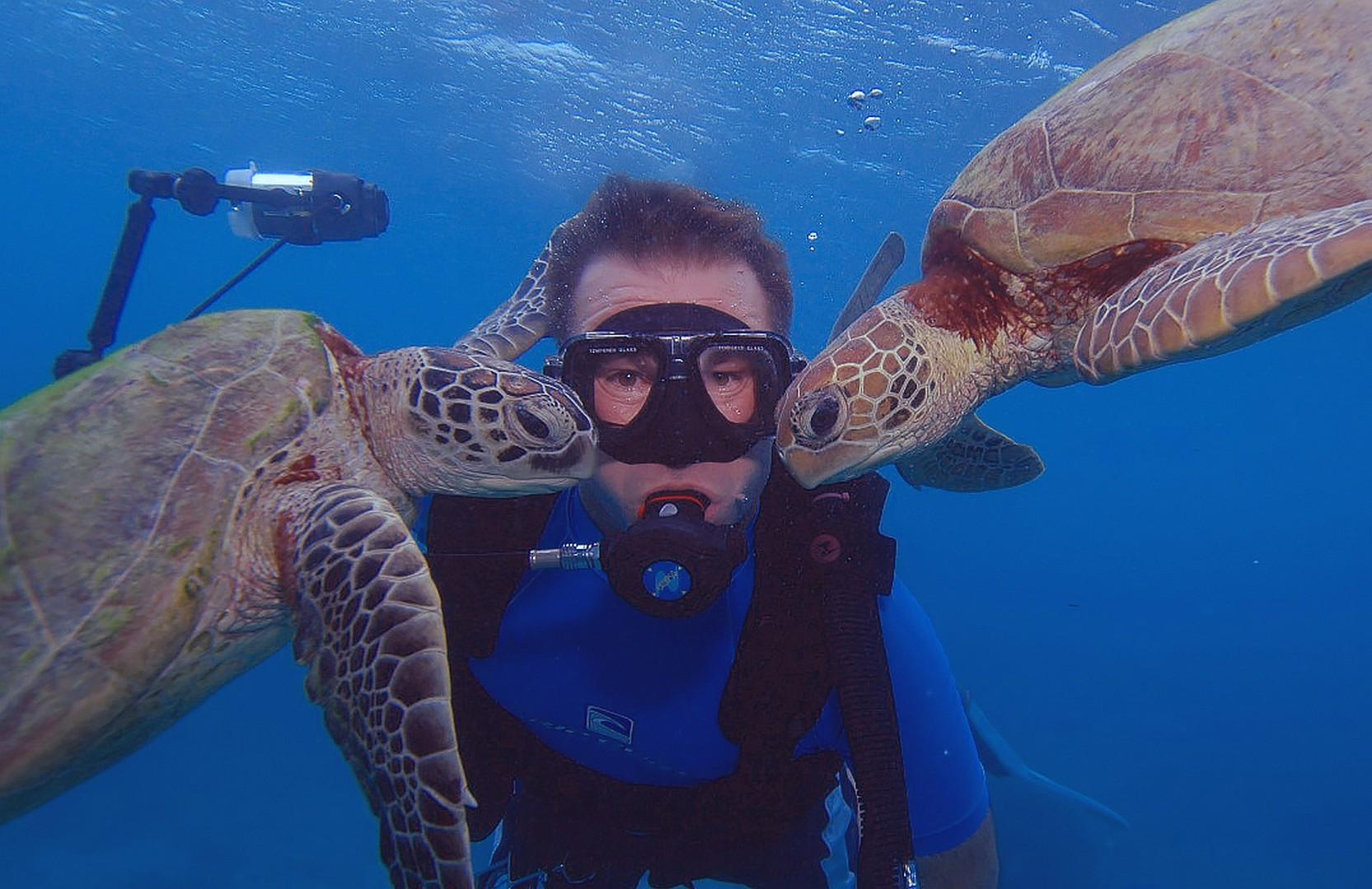 Troy Underwater Selfies 015.jpg