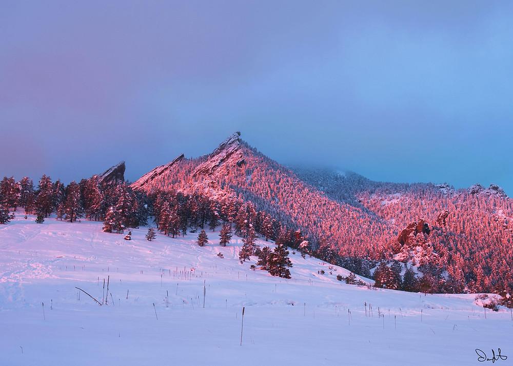 Full pink flatirons Chautauqua park Boulder, Colorado