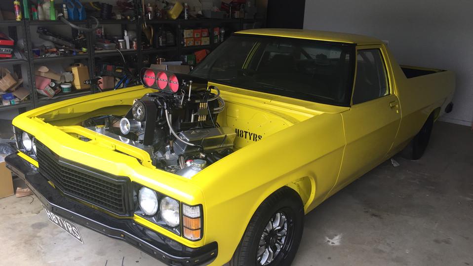 8TYRS - Burnout Car