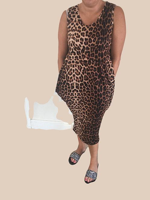 Sleeveless leopard print parachute dress