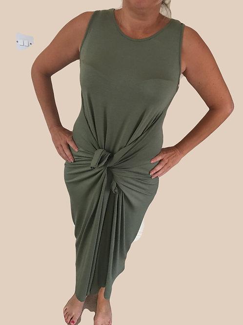 Sleeveless plain parachute dress