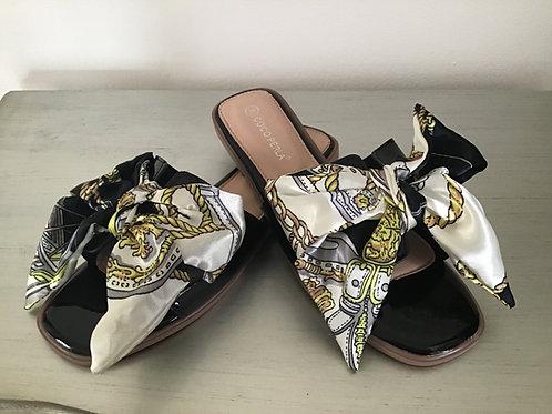 Black chain print bow sandals