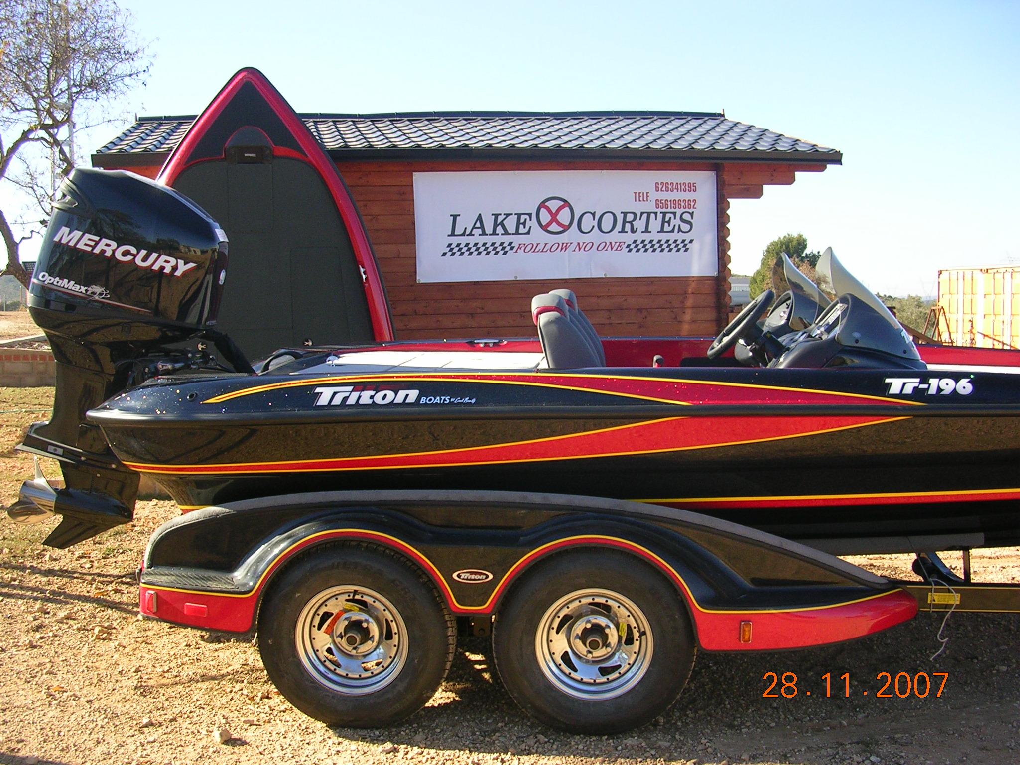 lakecortes bassboat españa