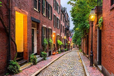 Acorn Street in Boston, Massachusetts, USA..jpg