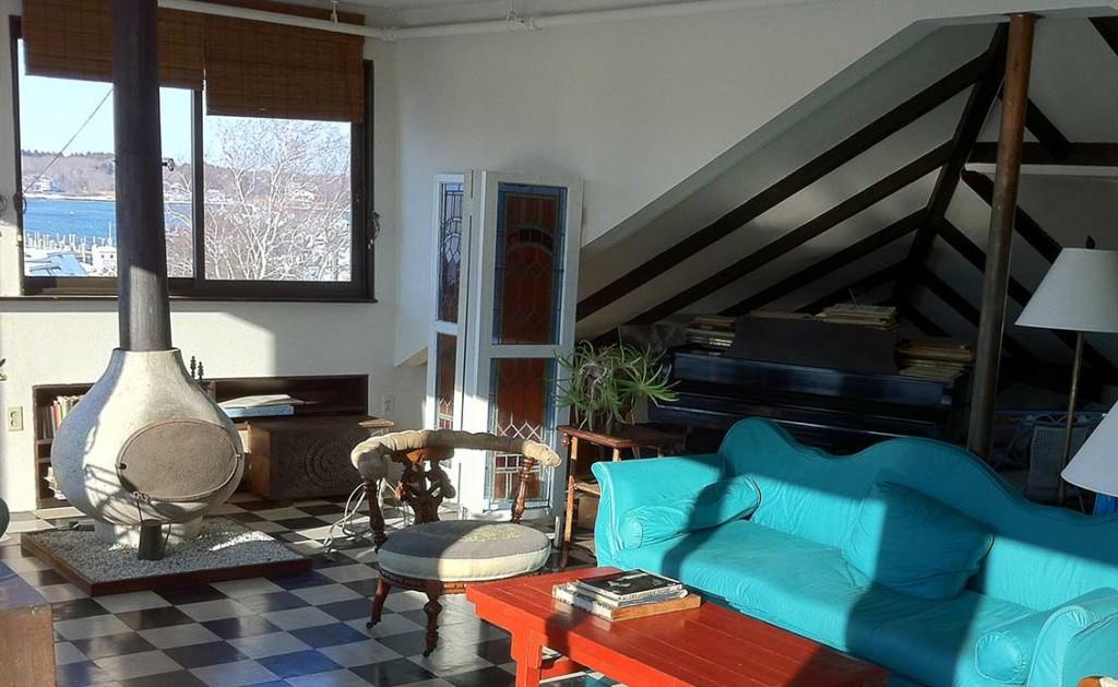 The studio on the 4th floor