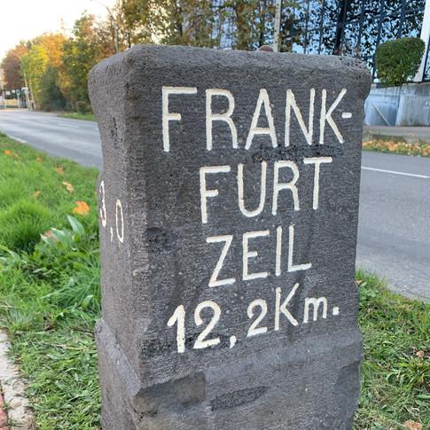 Historischer Kilometerstein Bad Homburg - Ober Eschbach