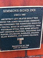 Plaque about Simmons-Bond Inn. Build 1903.