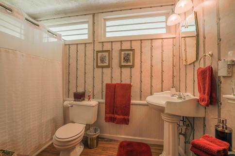 Elizabeth Bathroom
