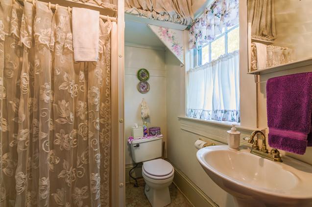 Bethany Bathroom