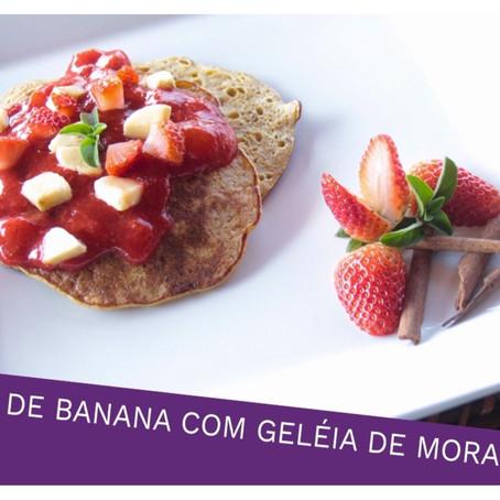 Crepe de banana com Geléia de Morango