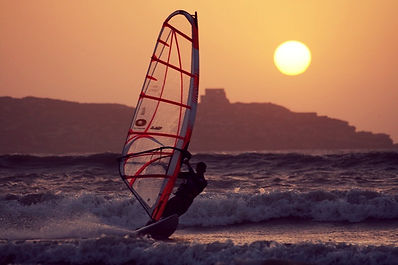 windsurf_essaouira(2)_edited.jpg
