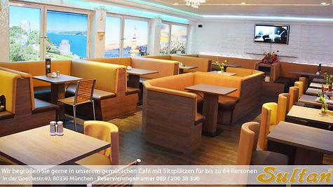 Außencafe mit 60 Sitzplätzen