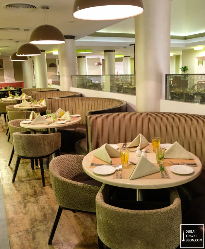 arabesque restaurant danat al ain