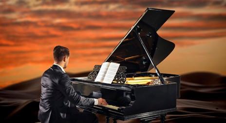 Qasr Al Sarab Anantara Desert Sunset Piano AD Classics Feb 2018