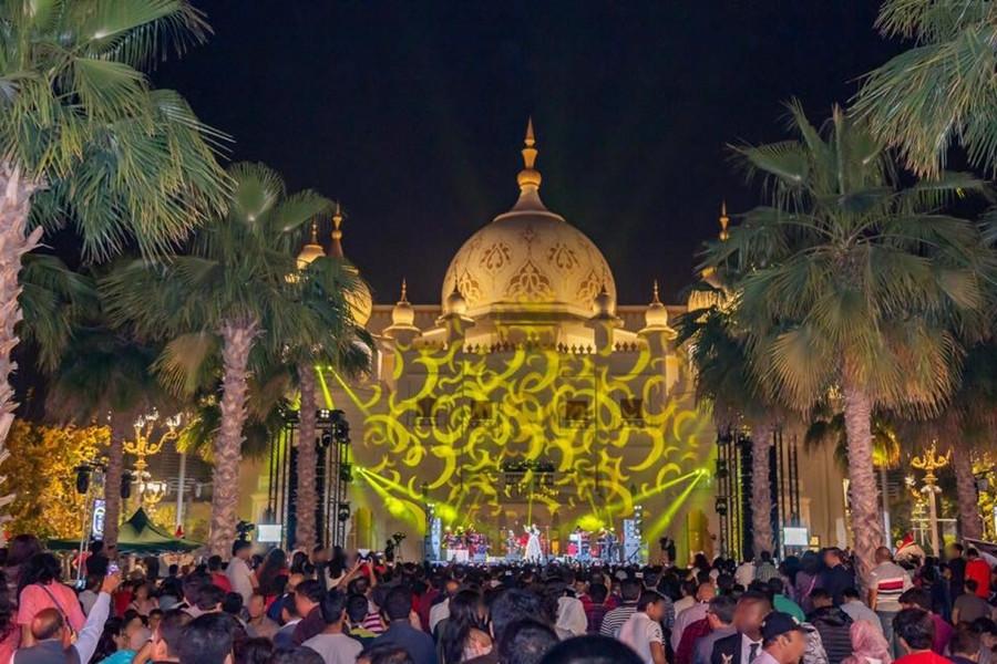 Bollywood Parks Dubai Night