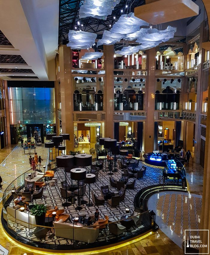 the h dubai lobby