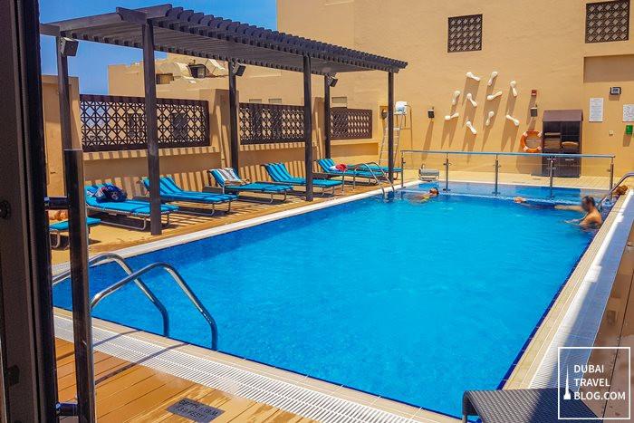 swimming pool hyatt place dubai