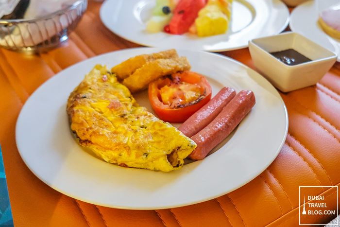 breakfast inroom hyatt place dubai