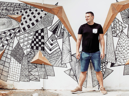 UAE Blogger: David Tapley of Out & About UAE