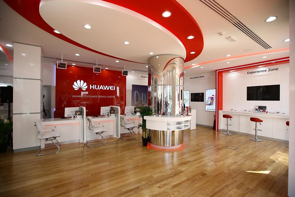 Huawei Flagship Customer Service Center - Interior