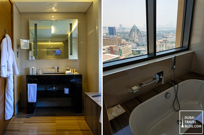 bathroom king suite hyatt regency dubai