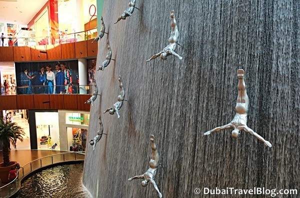 human waterfall dubai mall