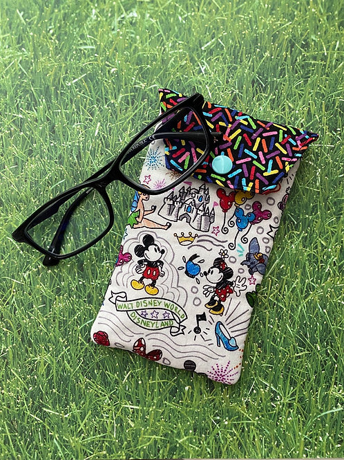 A Day of Fun at the Park Soft Eyeglass Case