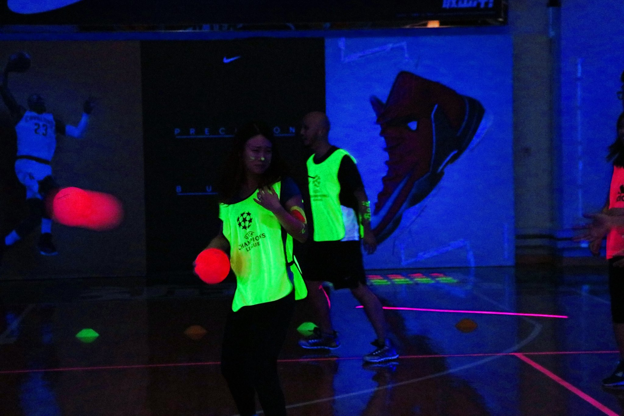 2016-03-30 Blacklight Dodgeball (2)