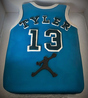 Birthday Cakes, Novelty Cakes, Sports Cakes, halal Cakes, Manchester, Bury