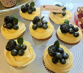 Sweethearts Cupcakery: Wedding Cakes, Birthday Cakes, Cupcakes, Desserts, Graduation Cakes, Asian Wedding Cakes, Bakery Manchester, Bury