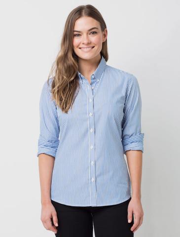 голубая женская рубашка