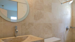Master Bathroom, Poui Avenue