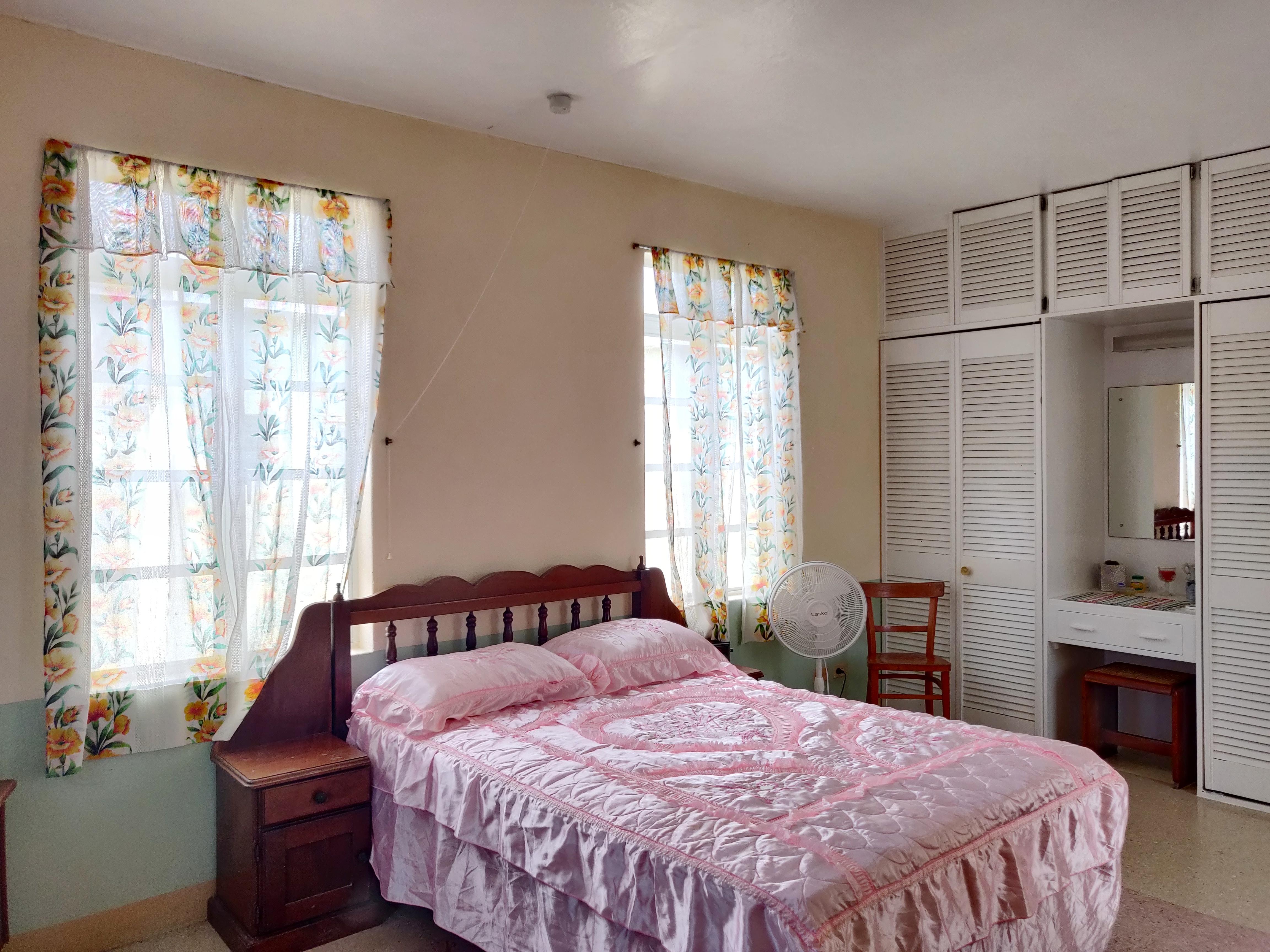 Bedroom, Haggatt Hall, St. Michael