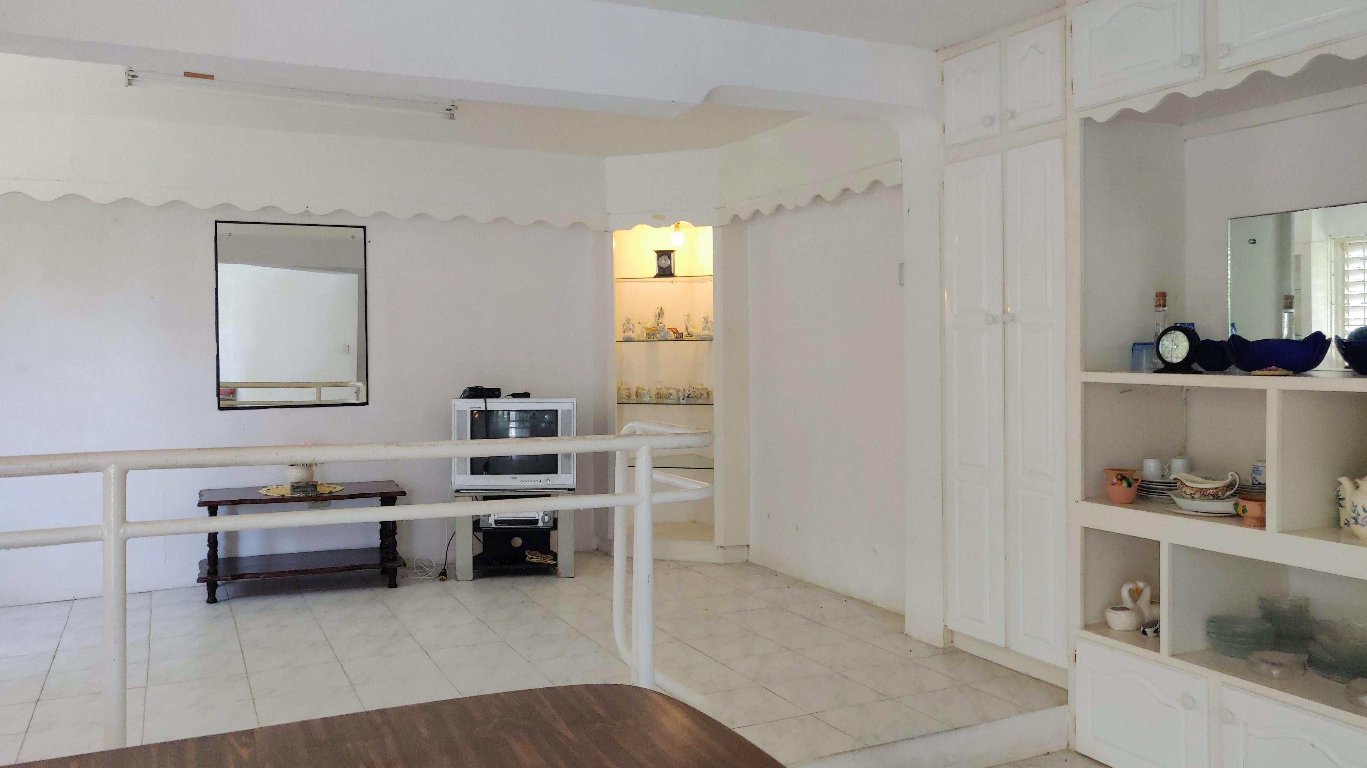 Apartment, Gibbons, Christ Church