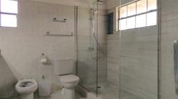 Master Bath, Locust Hall, St. George