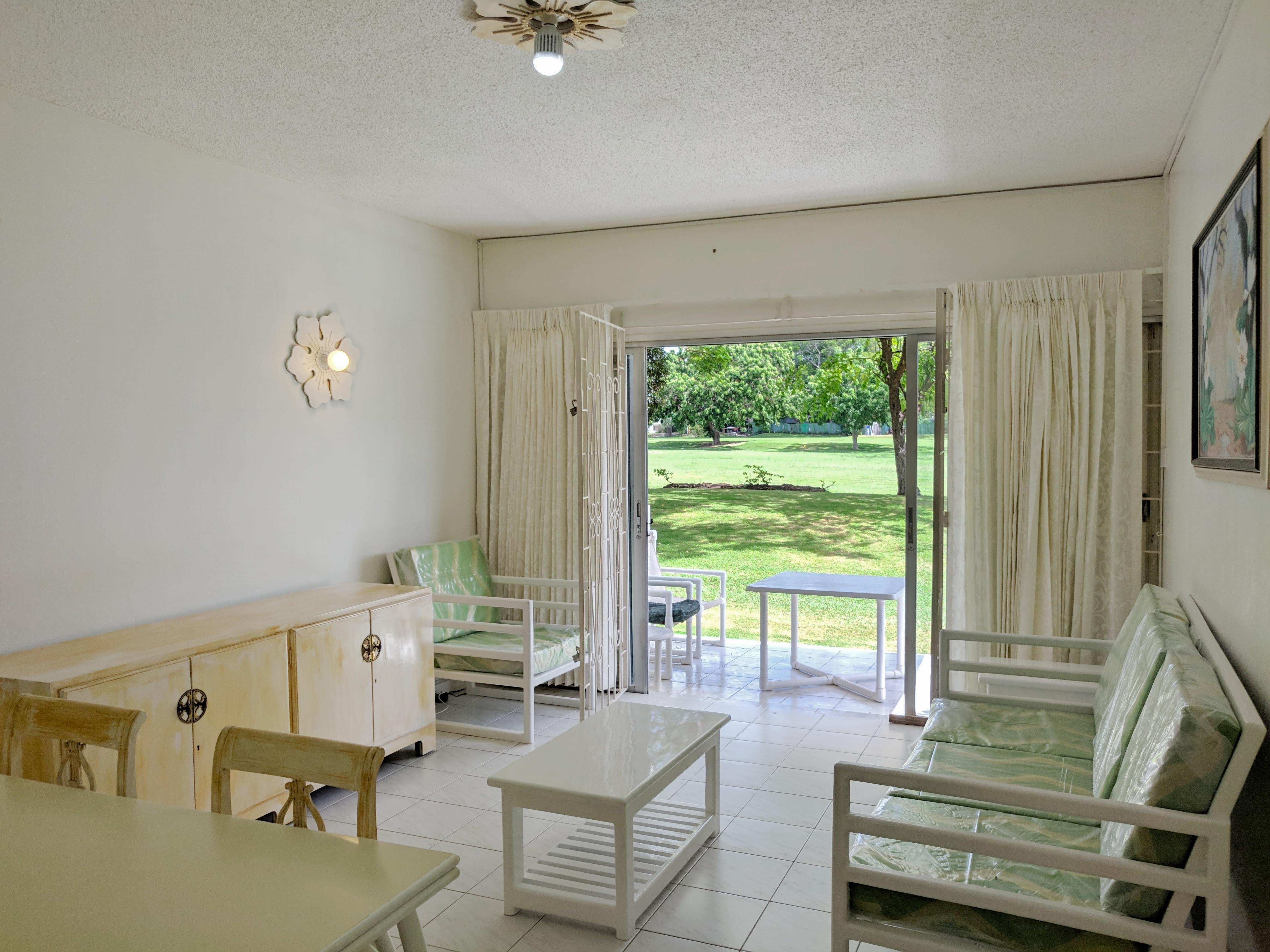 Living Room, Club Rockley
