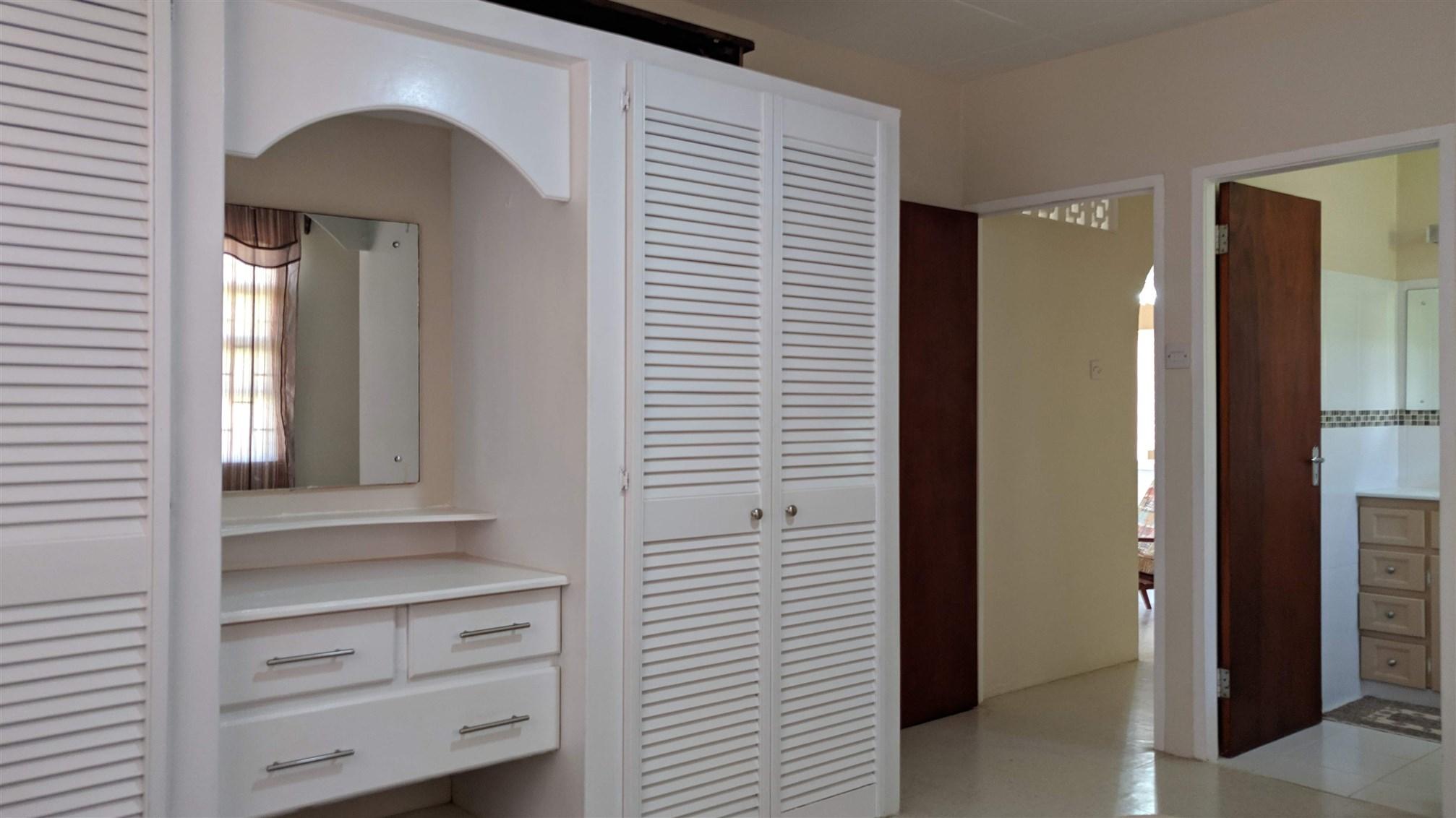 Master Bedroom, Enterprise, Ch. Ch.