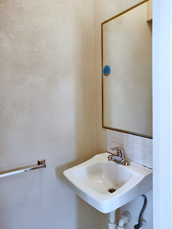 Powder Room, Clermont Green, St. Michael