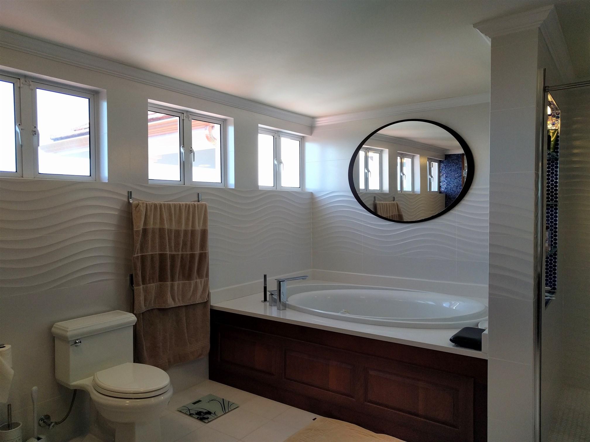 Master Bathroom, Christie Village