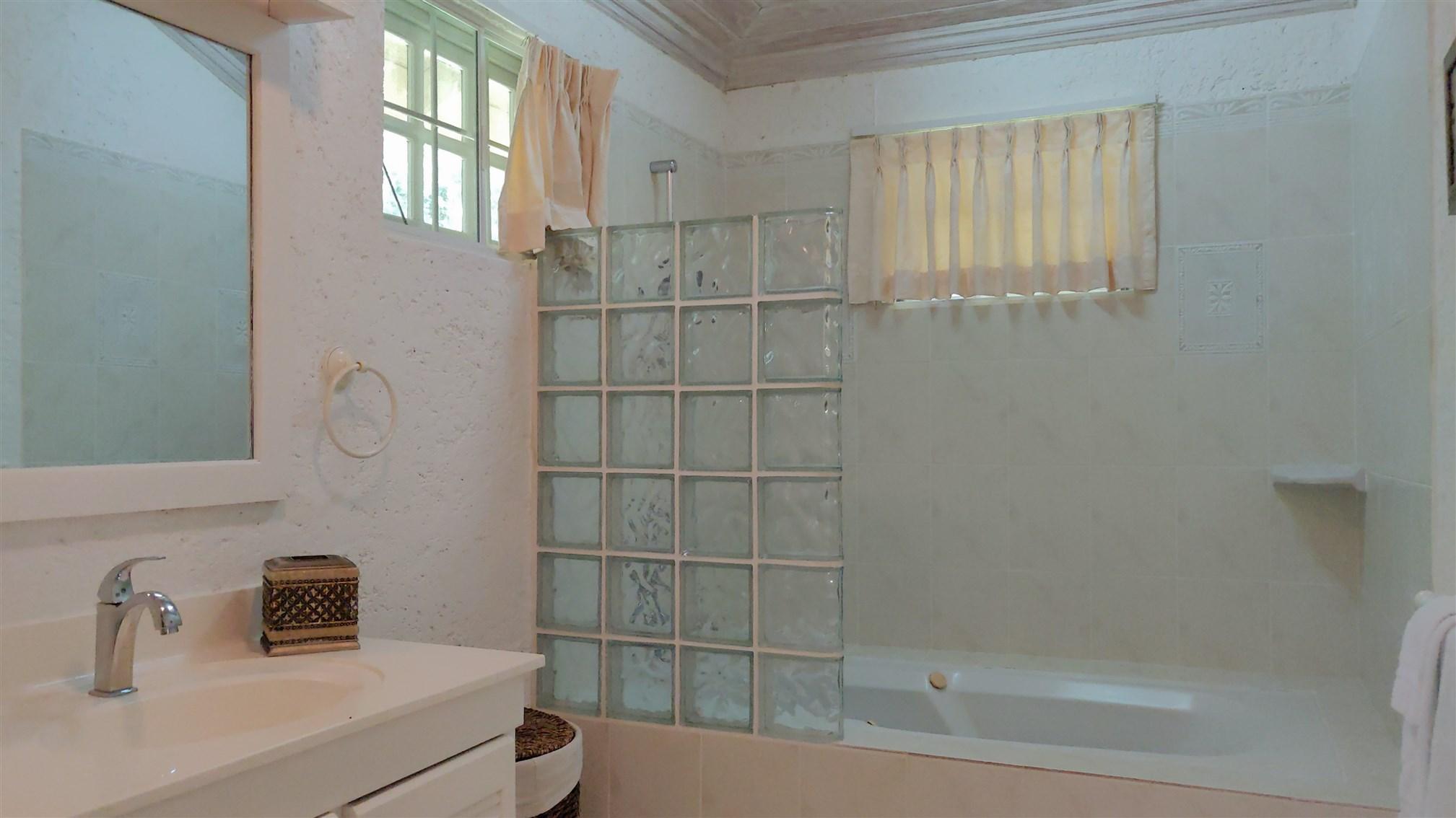 Master Bath, Sandy Lane, St. James