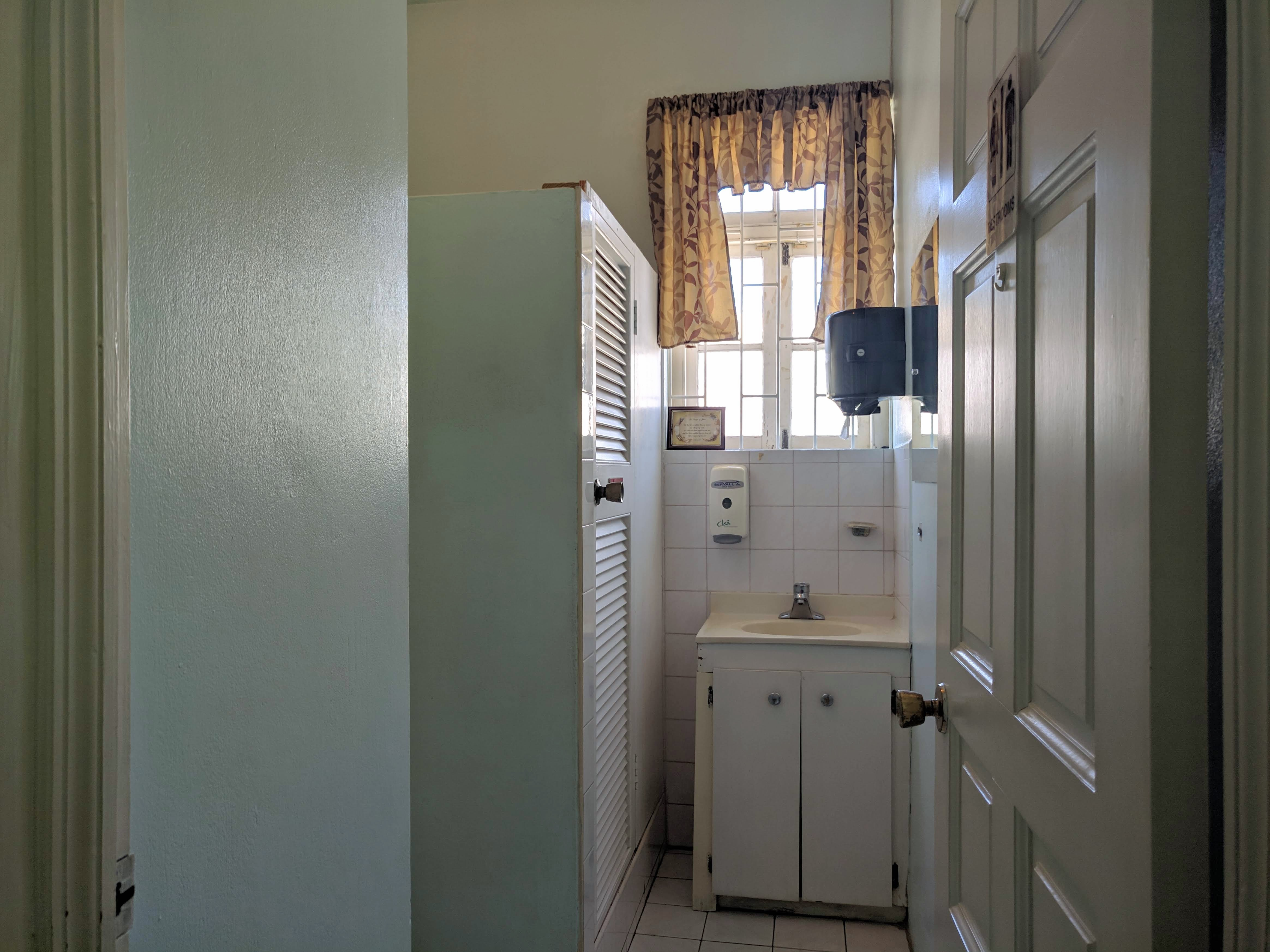 Washroom, Welches, St. Michael