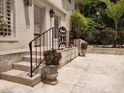 Garden Area and Deck, Club Morgan