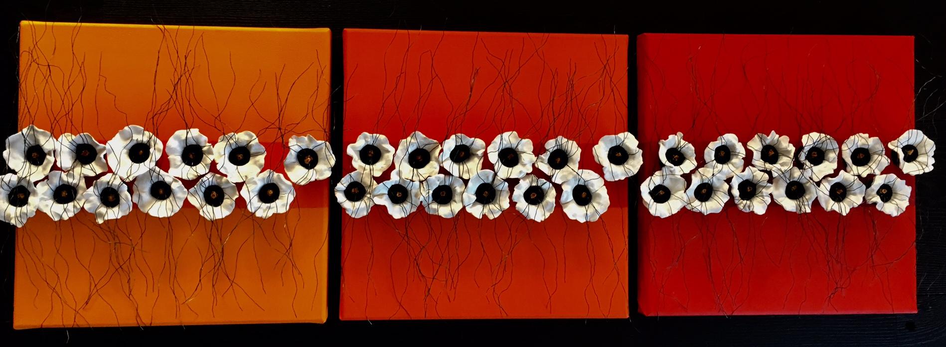 3 luik met witte bloempjes en ijzerdraad
