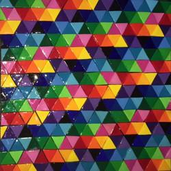 schilderij met klei driehoeken.jpeg