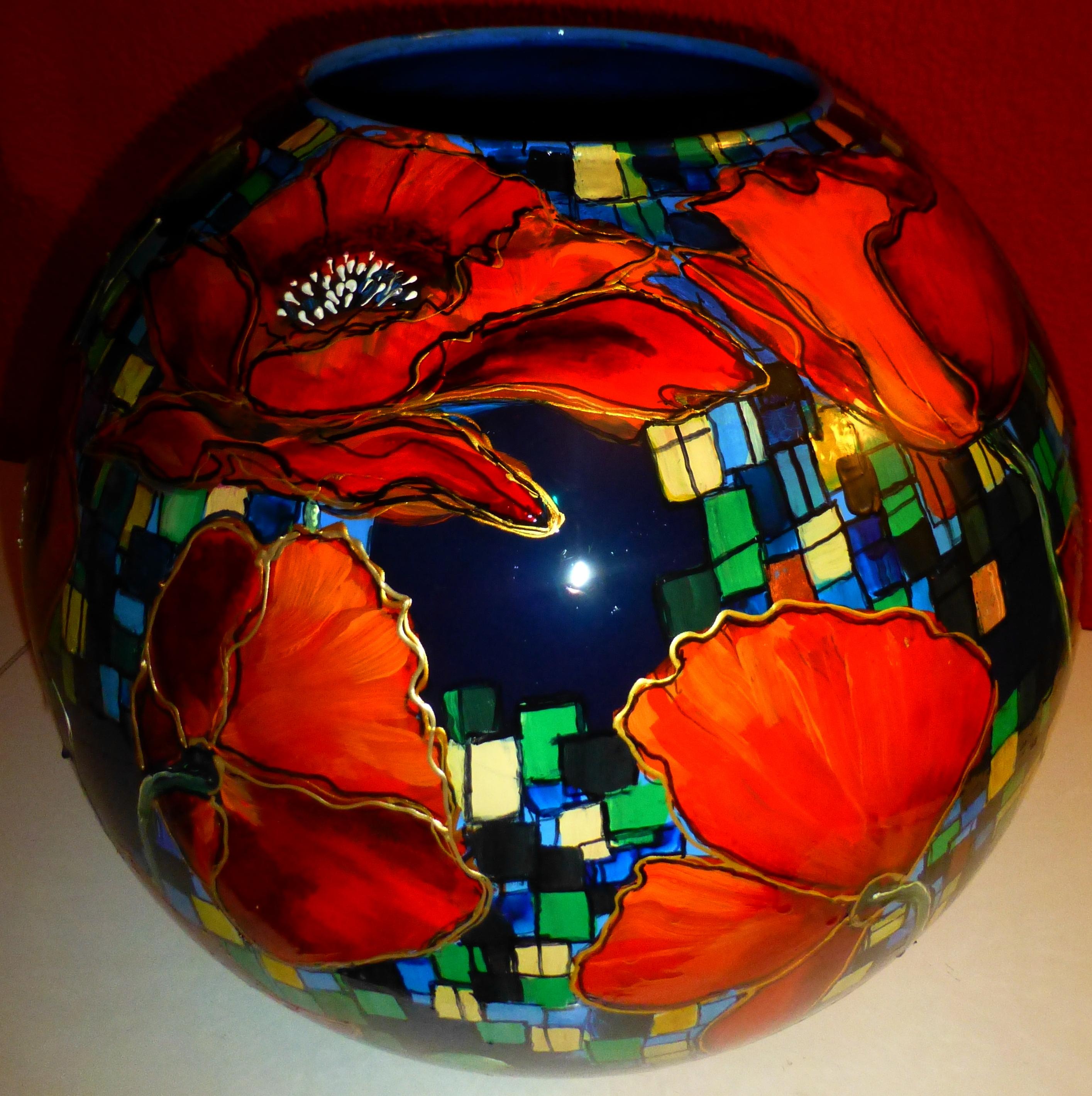 beschilderde glazen bolvaas met 19 klapr
