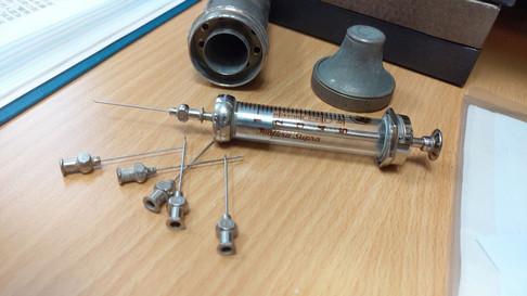 金屬造可重用的針筒!