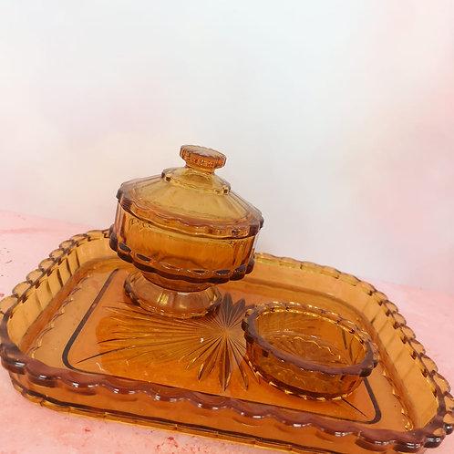 Scalloped Caramel Dressing Table Set